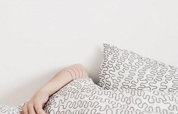 Duerma mejor: Aprenda a manejar el insomnio
